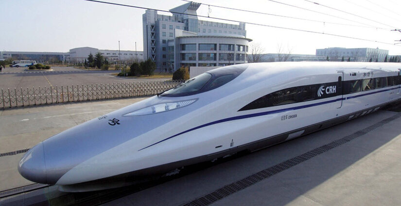 China's High Speed Train Breaks a New Record