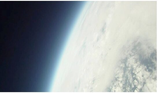 Father-Son send iPhone into Space, it Works!